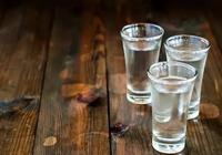 人民小酒到底贵不贵——兼谈经济向高质量转型的必要性